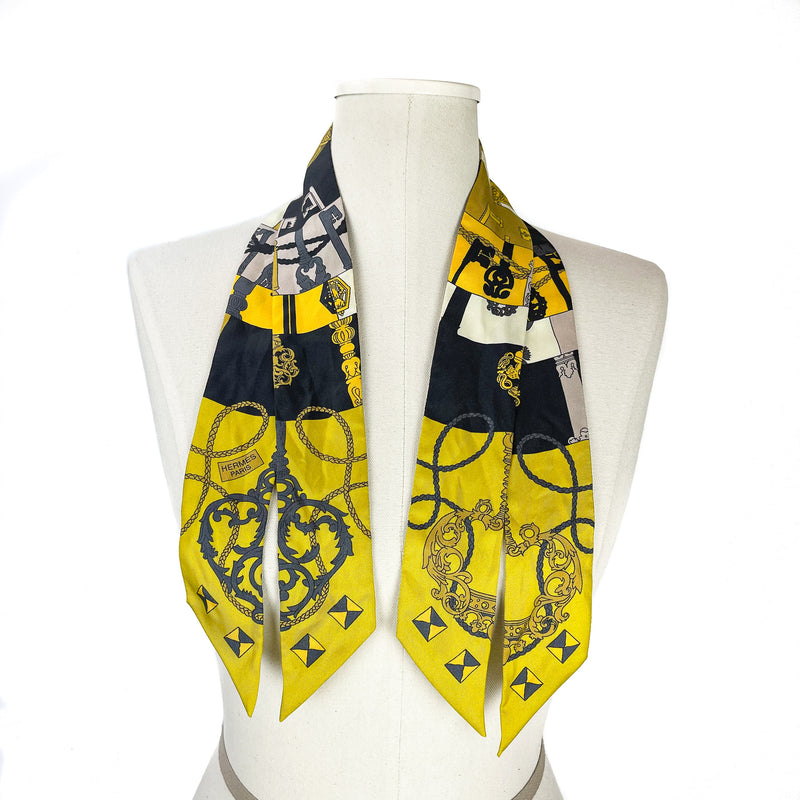 Set of Twillies in Yellow Black and Grey