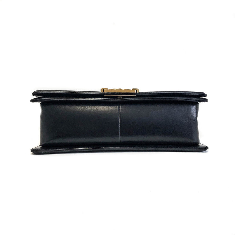 Old Medium Pearly Black Boy Bag in Lambskin Leather - Bag Religion