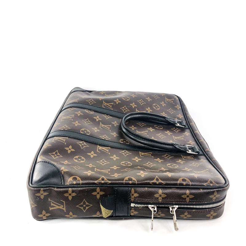 Porte-Documents Voyage Monogram Leather Laptop bag - Bag Religion