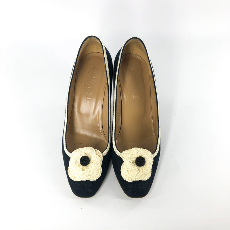 Vintage Pumps with Floral CC Embellishment - Bag Religion