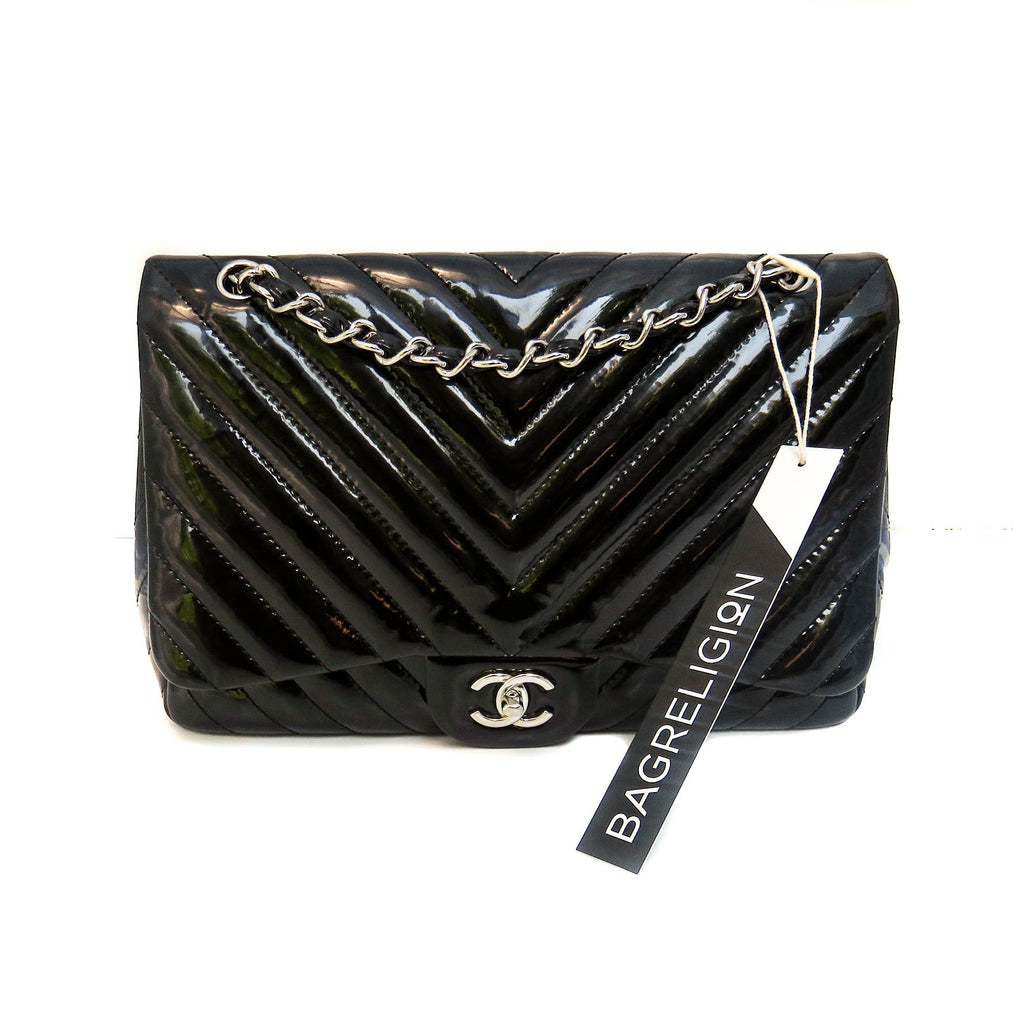 Classic Jumbo in Chevron Patent Leather with SWH, Black