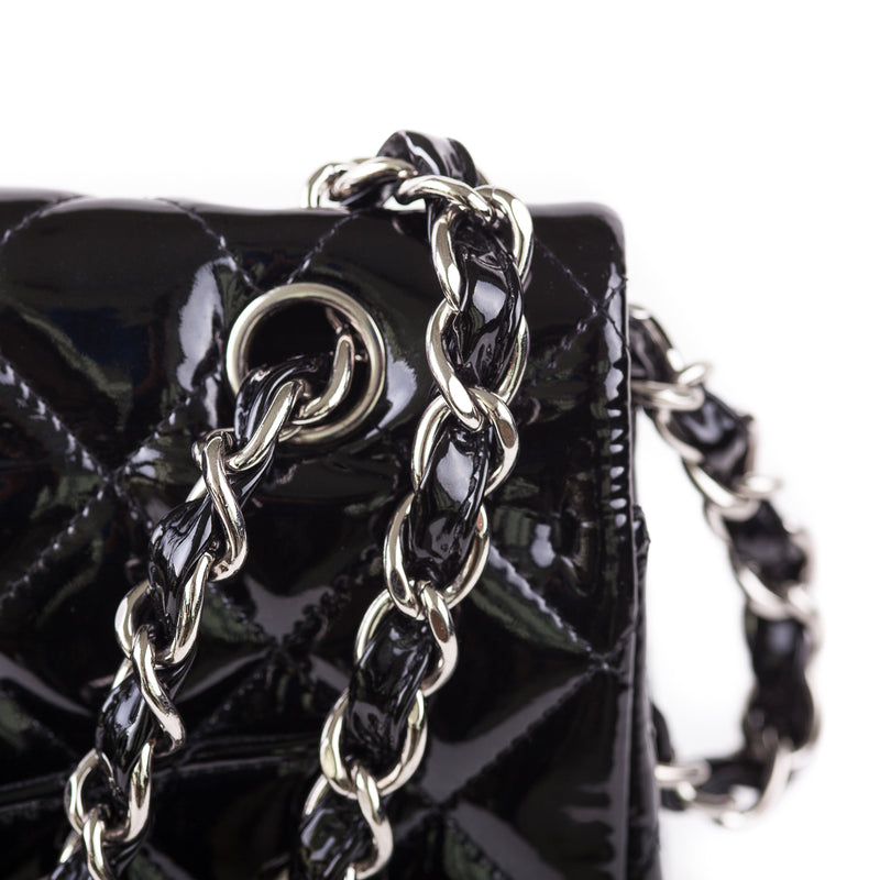 Single Flap Maxi in black patent - Bag Religion