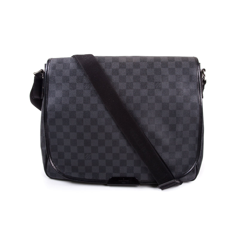 Damier Graphite Daniel GM Messenger Bag - Bag Religion