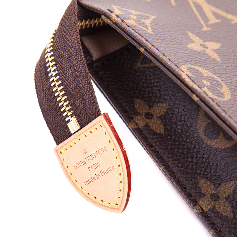 Monogramme Toiletry Pouch 26 - Bag Religion