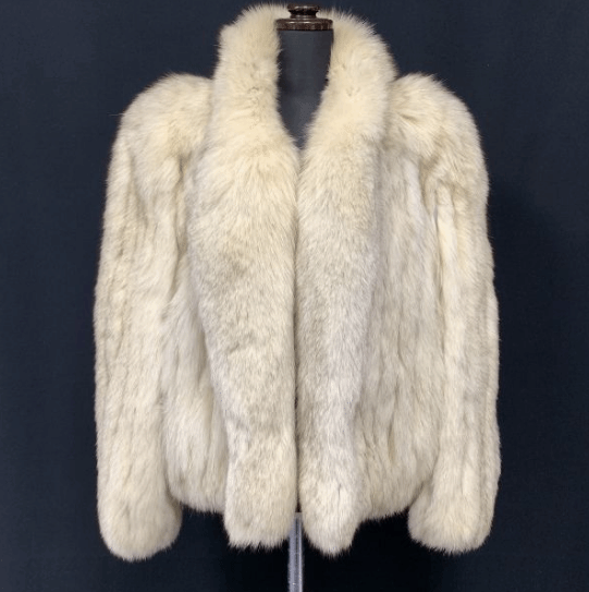 Togu by Tohomink Fox Fur Coat in White - Bag Religion