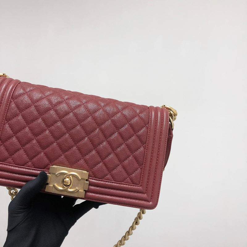 Quilted Caviar Old Medium Boy Bag Red
