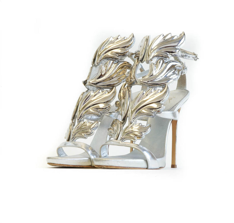 Cruel Sandal in Silver - Bag Religion