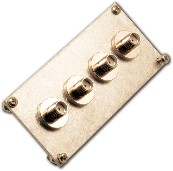End plate, with 4 SMA bulkhead adapters and mounting hardware