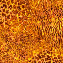 Load image into Gallery viewer, QT Fabrics Serengeti Animal Skin Blender Amber