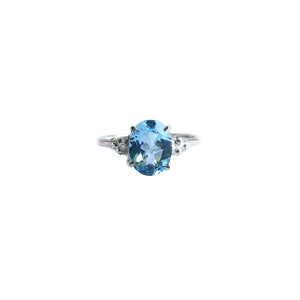 Tulang Solitaire with Blue Topaz
