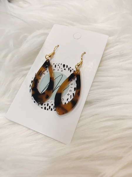 Made by Mad Design Co - Resin earrings
