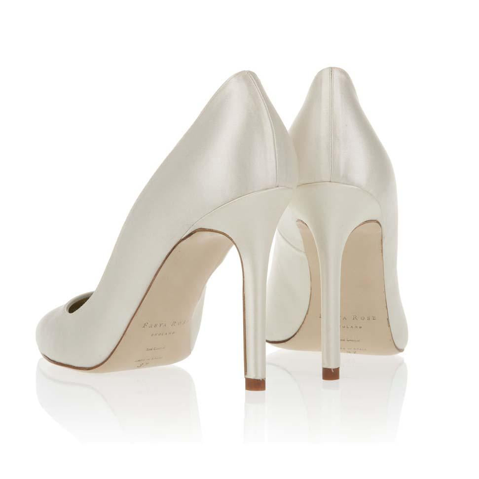 Charlie Ivory.  Pointed wedding shoe made using Duchess silk satin.