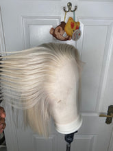 Load image into Gallery viewer, Platinum blonde bob wig