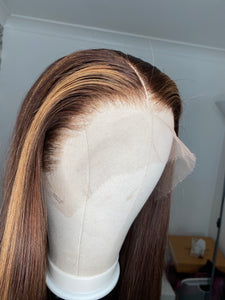 Brown and blonde birthmark highlight wig