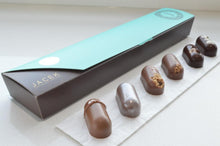 Load image into Gallery viewer, Jacek Chocolate - Petite Bar Collection