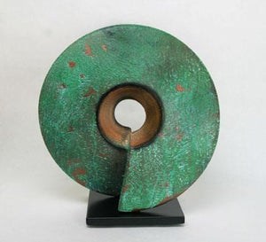 "Wow, ceramic sculpture in verde patina 16"" x 16"""