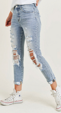 Load image into Gallery viewer, Distressed Skinny Denim