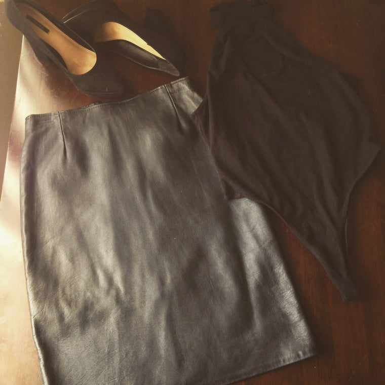 Vintage High-waist leather pencil skirt (LSS collection)