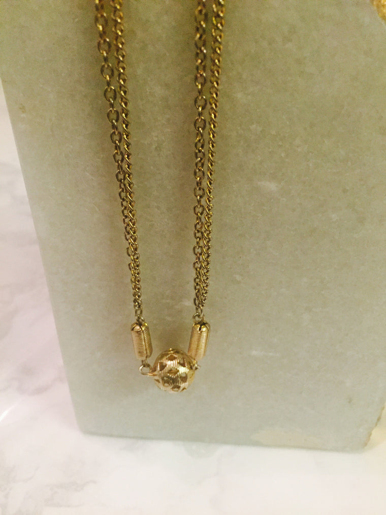Vintage Gold globetrotter necklace