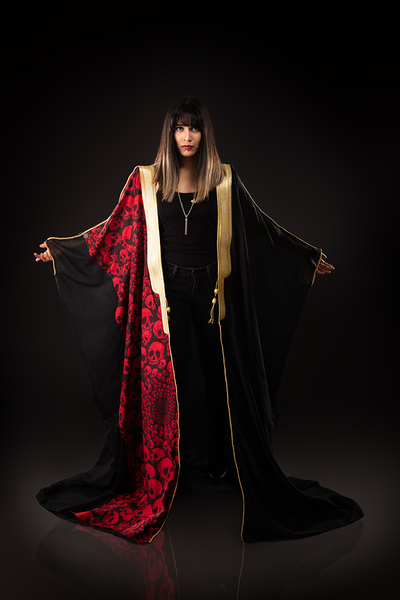ONE SIZE FITS ALL LUXE BLACK BISHT WITH RED SKULLS - Ninousha