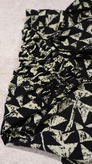 HAREM PANTS WITH BLACK TRIANGLES