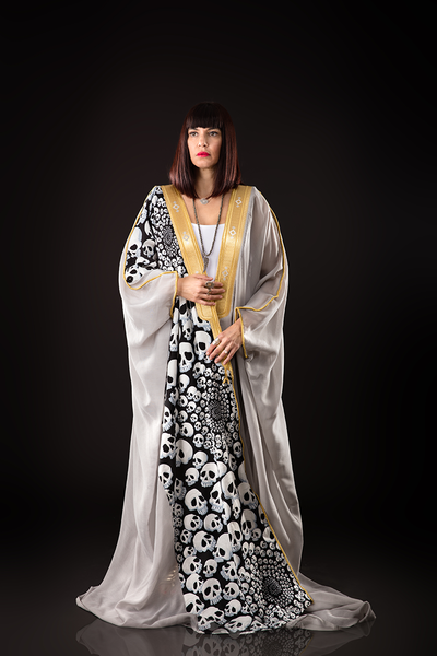 ONE SIZE FITS ALL GREY B'N'W SKULLS LUXE BISHT - Ninousha