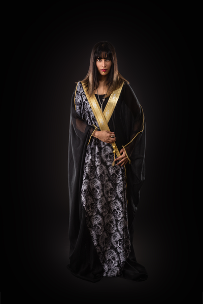 ONE SIZE FITS ALL BLACK AND WHITE SKULLS BISHT - Ninousha