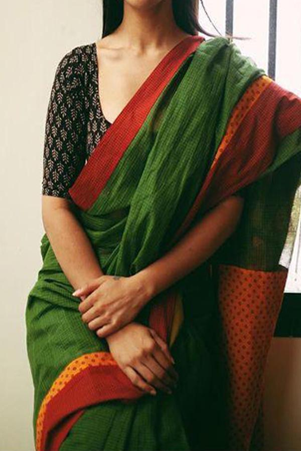 DEEP GREEN RED BORDER UPCOMING SILK SAREE WITH BLOUSE FOR WOMEN - SC413