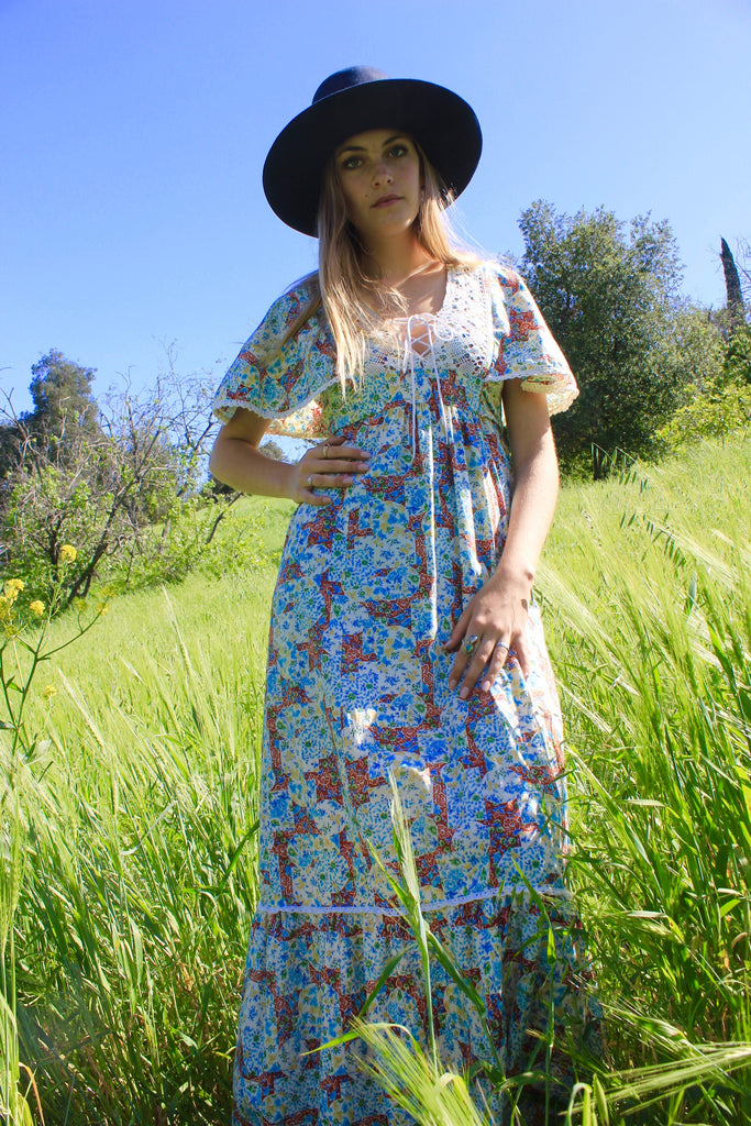 """Prairie Folk"" 1970s Calico Corset Maxi Dress"