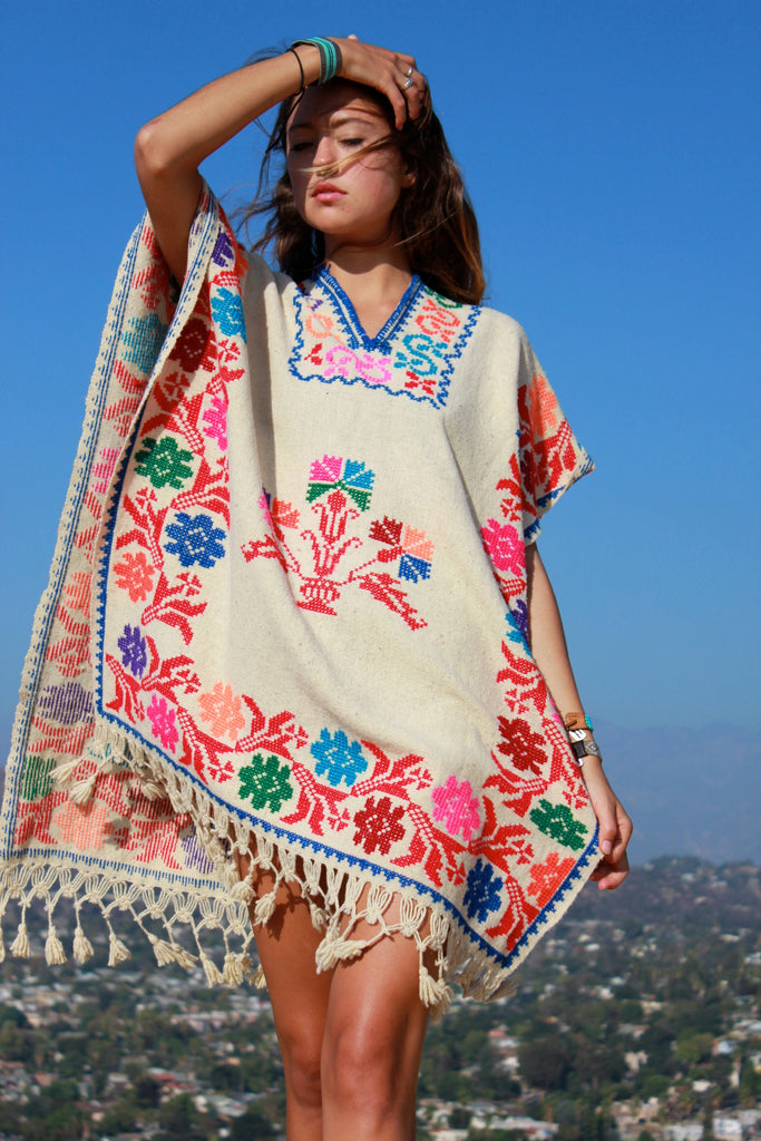 1970s Vintage Mexican Poncho