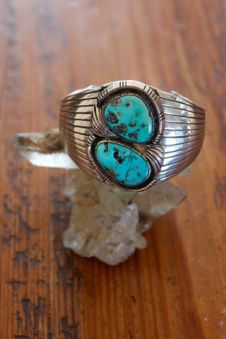 Signed Navajo Elegant Handmade Sterling Turquoise Cuff