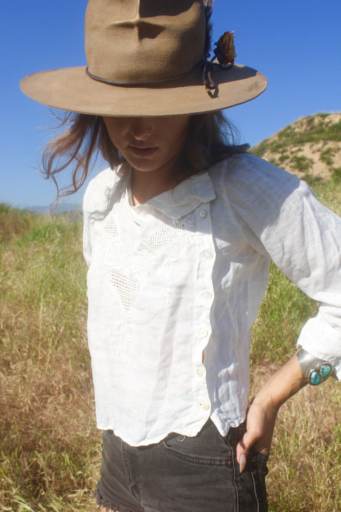 """The Belle Isle"" Victorian Linen Blouse"