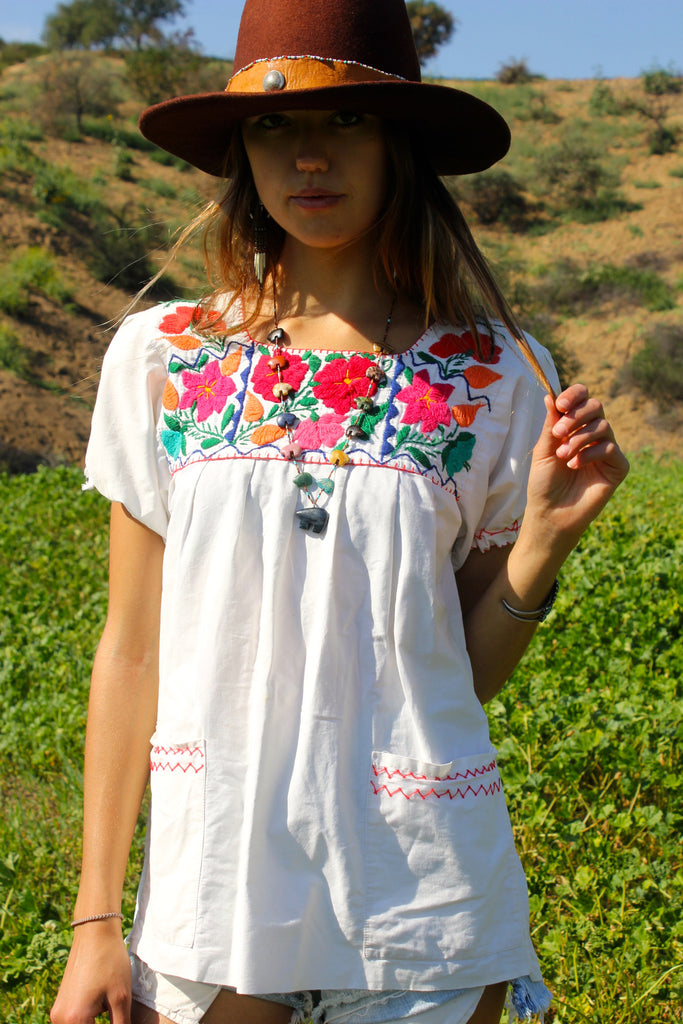 1970s Mexican Hand Embroidered Cotton Peasant Blouse