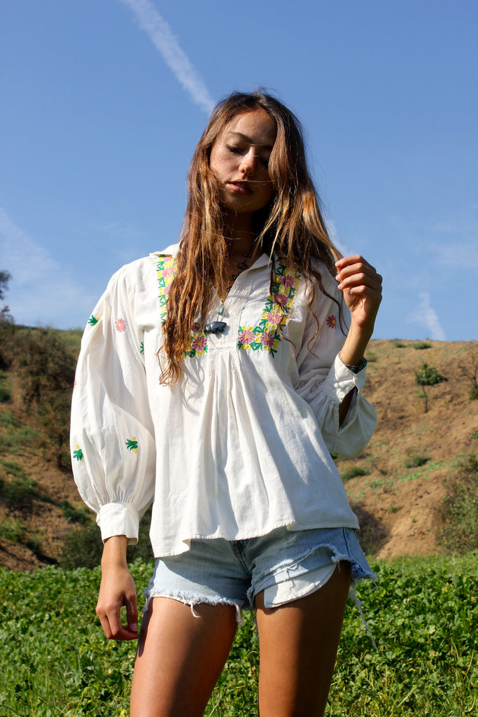 1970s Salvadorian Hand Embroidered Peasant Blouse
