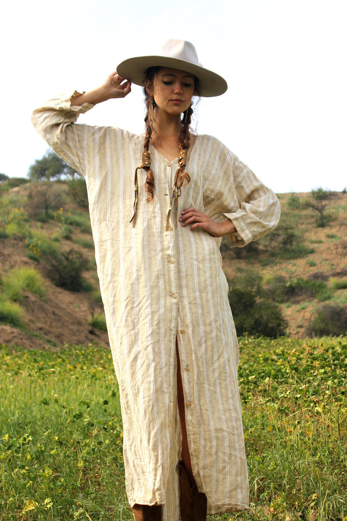 Classic and Amazing Vintage Linen Maxi Dress/Duster
