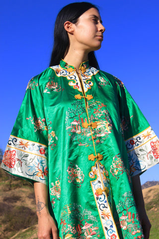 """Emerald Dreams"" Mid Century hand Embroidered Chinese Silk Robe"