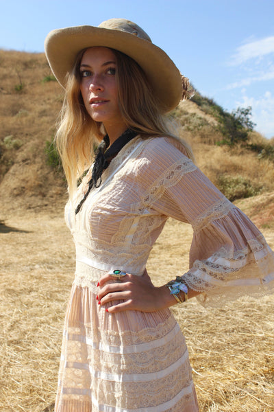 Quot Bohemian Folk Quot Gorgeous Vintage Mexican Wedding Dress