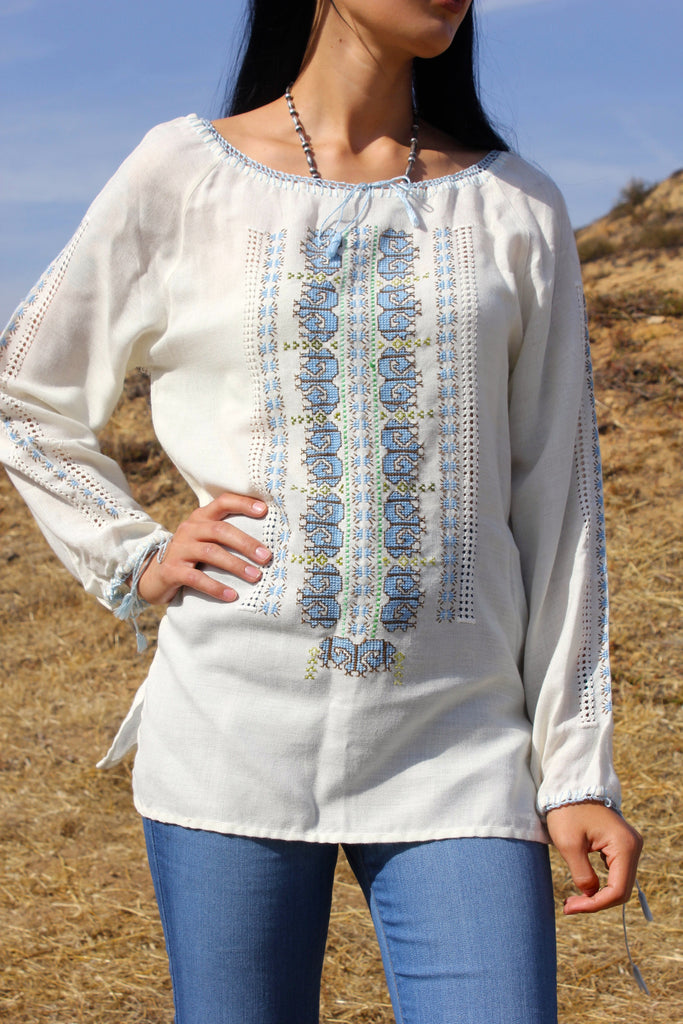 *SALE* Vintage Hand Embroidered Folk Peasant Blouse