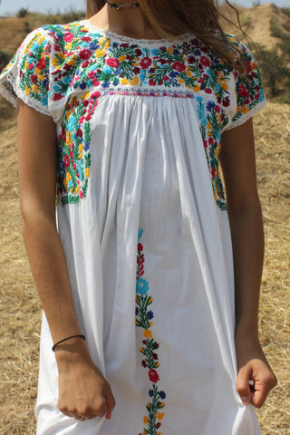 Beautiful Bohemian Vintage Oaxacan Maxi Dress