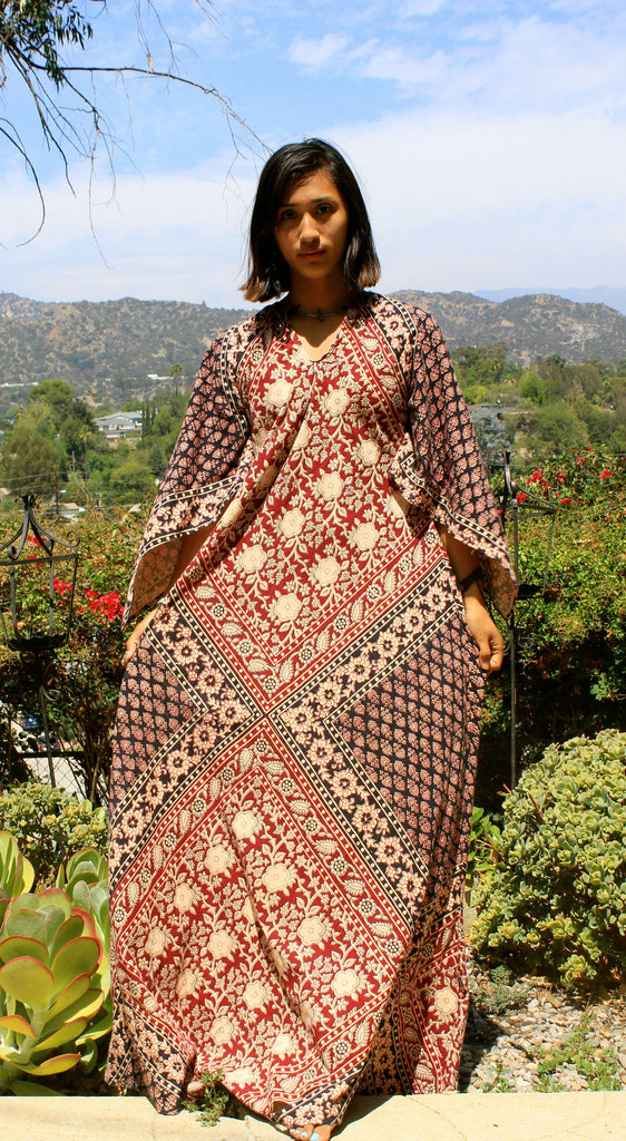 Beautiful Hippie 1970s Maxi Dress Kaftan