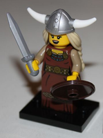 col07-13 Viking Woman