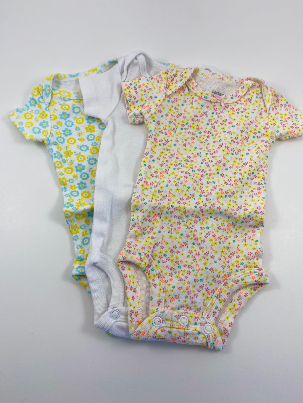 Girl's Short Sleeve Bodysuit - Size Newborn