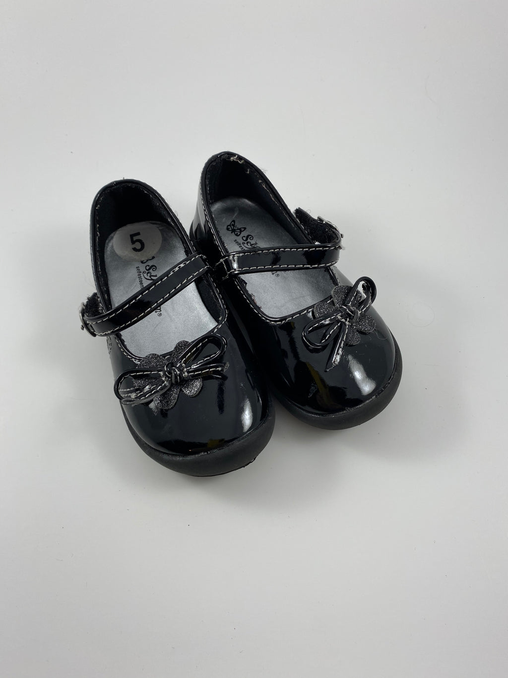 Girl's Shoes - Size 5t