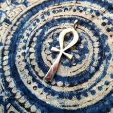 Load image into Gallery viewer, Ankh sterling silver pendant