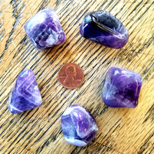 Load image into Gallery viewer, Chevron amethyst (tumbled)