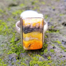 Load image into Gallery viewer, Bumblebee jasper ring (size 7)