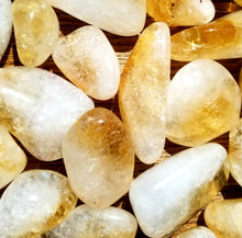 Load image into Gallery viewer, Citrine (tumbled)