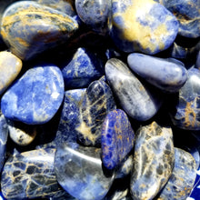 Load image into Gallery viewer, Sodalite (tumbled)