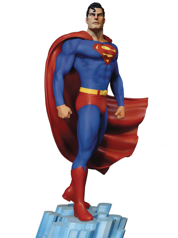 DC SUPER POWERS COLL SUPERMAN 17IN MAQUETTE (STATUE)