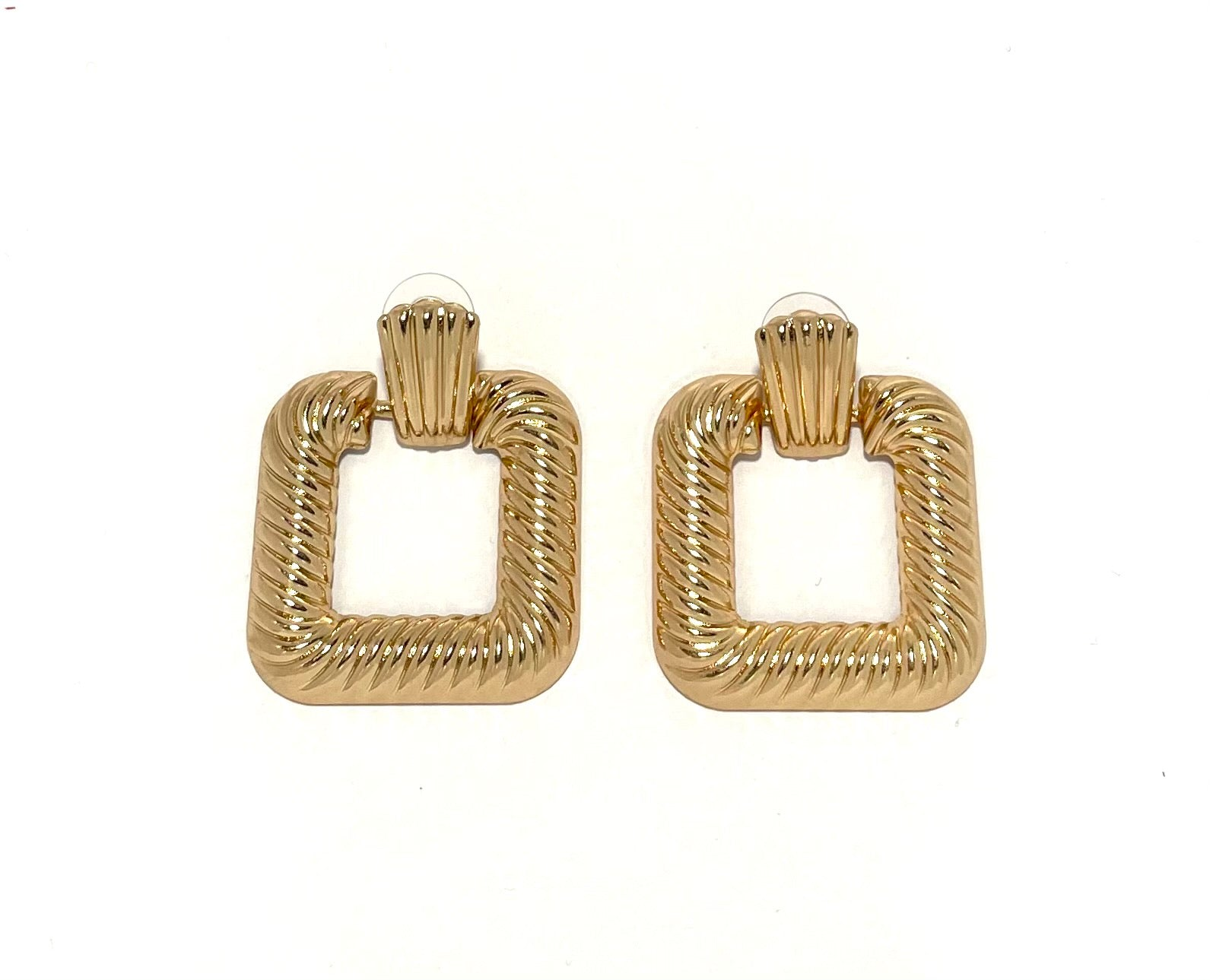 Bold Square Ear - Gold